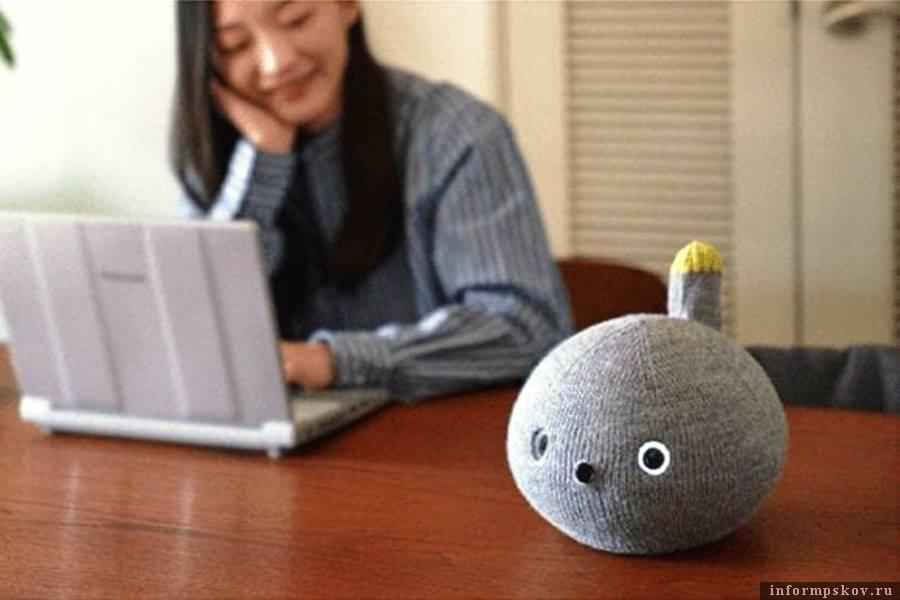 Электронного питомца в Японии назвали Nicobo. Фото thedailybuzz.io