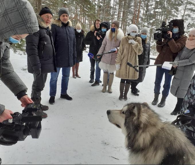 Губернатор Михаил Ведерников посетил съёмочную площадку, где снимали психологический триллер «Плакать нельзя!»