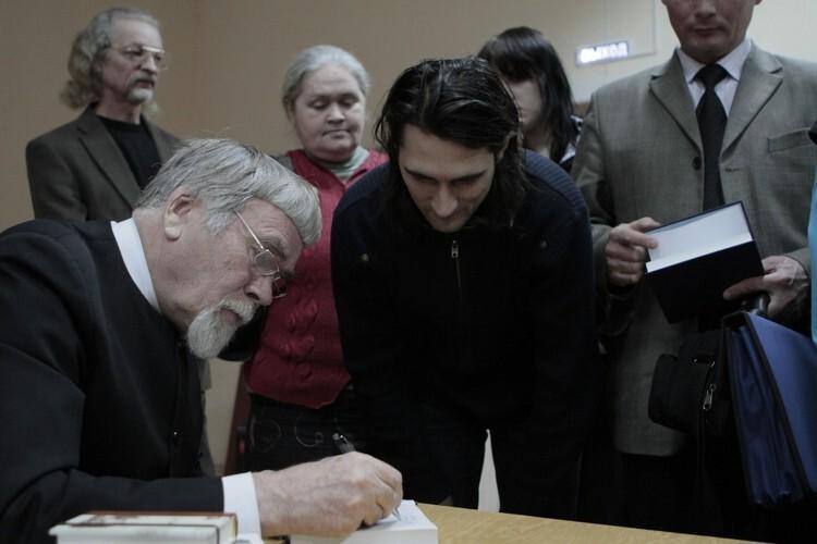 Писатель рассказал, что познакомился с Курбатовым более 20 лет назад. Фото Андрея Степанова/КП-Псков