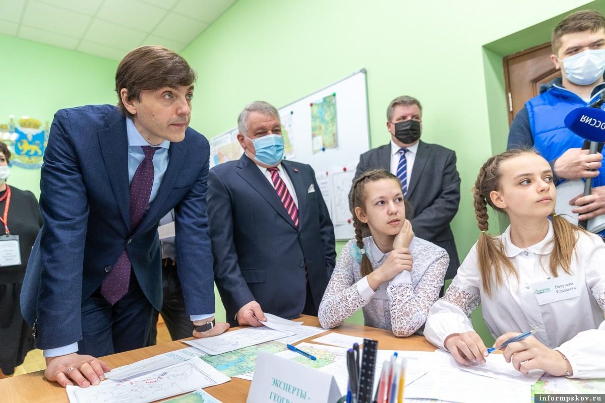 Сергей Кравцов. Фото пресс-службы администрации Псковской области