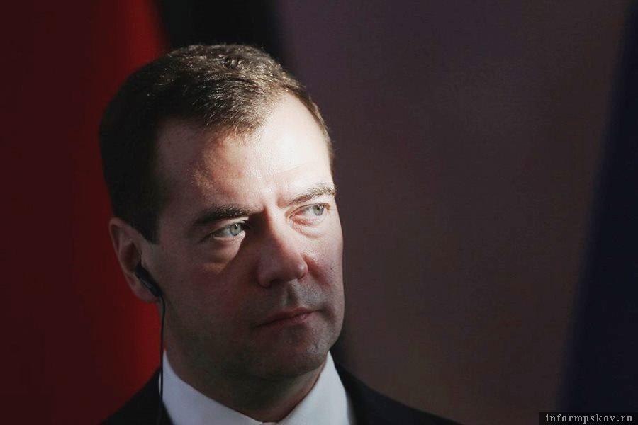 Дмитрий Медведев впервые озвучил мысль о четырёхдневной рабочей неделе в 2019 году. Фото REUTERS
