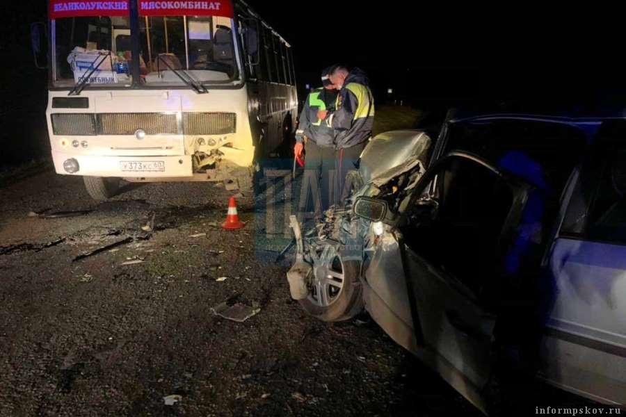В автобусе никто не пострадал. Фото ПАИ
