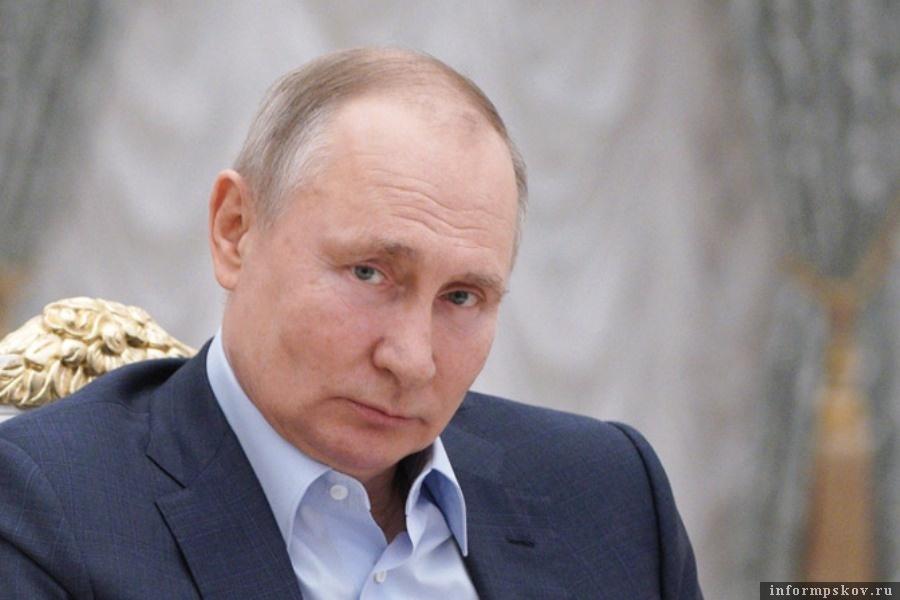 Владимир Путин привился второй частью российской вакцины.  Фото  Пресс-служба президента РФ/ТАСС
