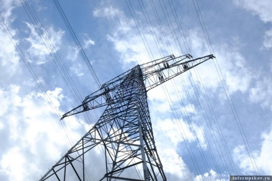 Из-за порывистого ветра могут быть дальнейшие отключения электроэнергии. Фото Вконтакте