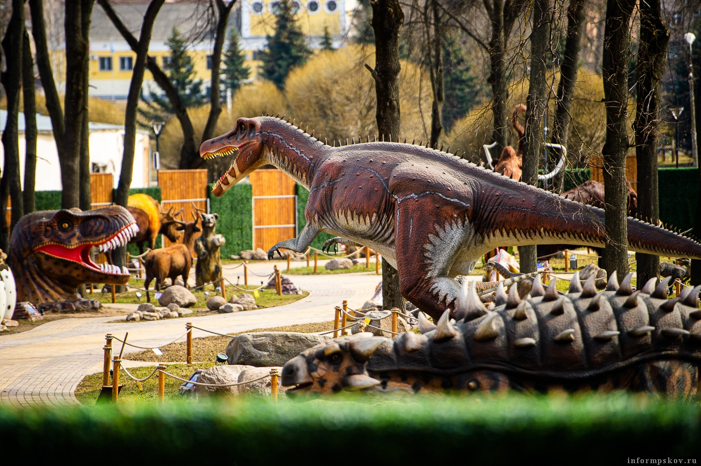 Парк динозавров в Великих Луках. Фото предоставлено ТИЦ Псковской области.