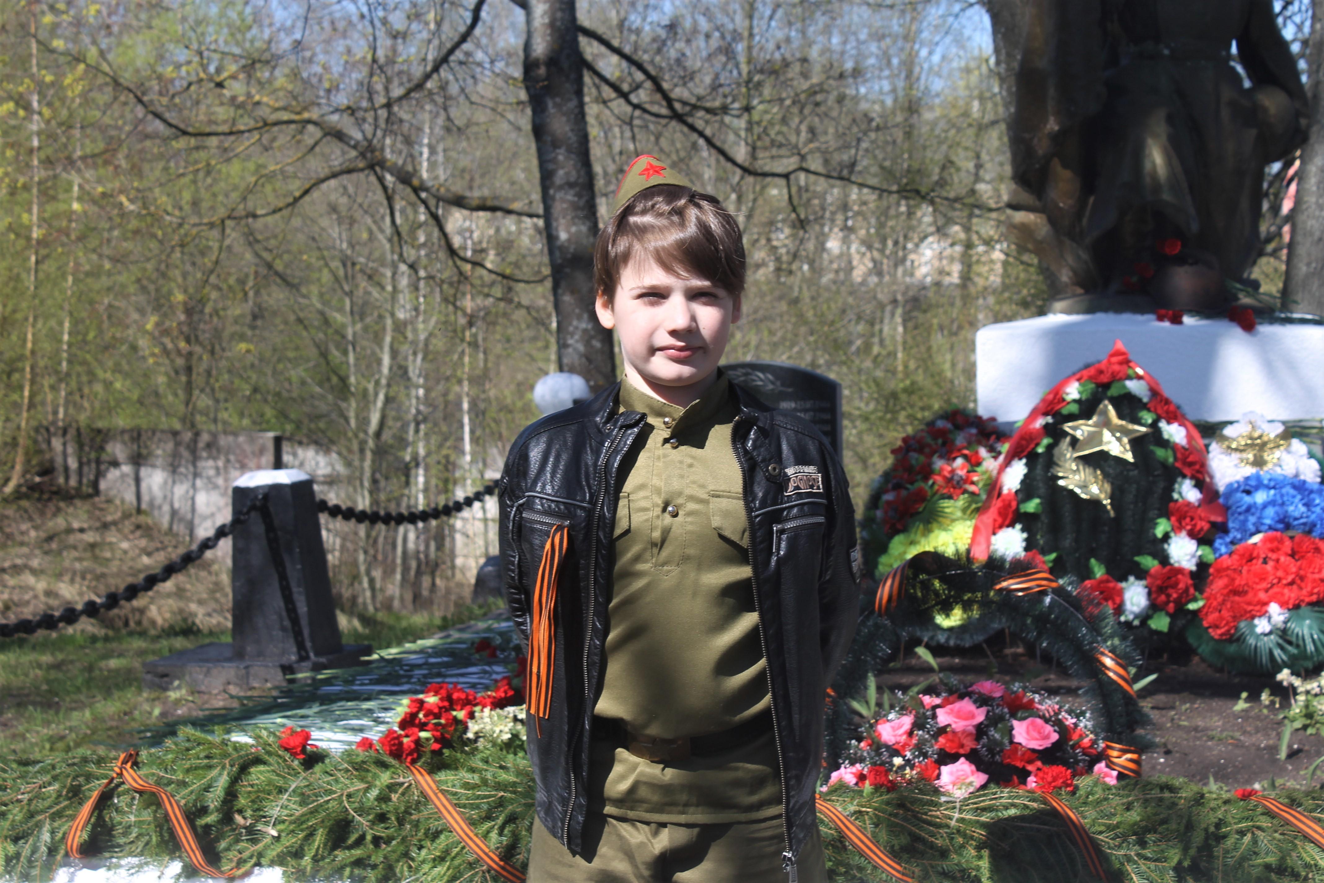 Юный участник мотопробега Артём Дмитриев