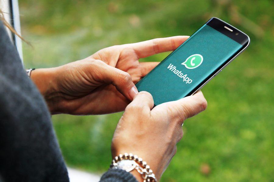 Пользователи уходят из WhatsApp, не соглашаясь с новыми правилами мессенджера. Фото ixbt.com