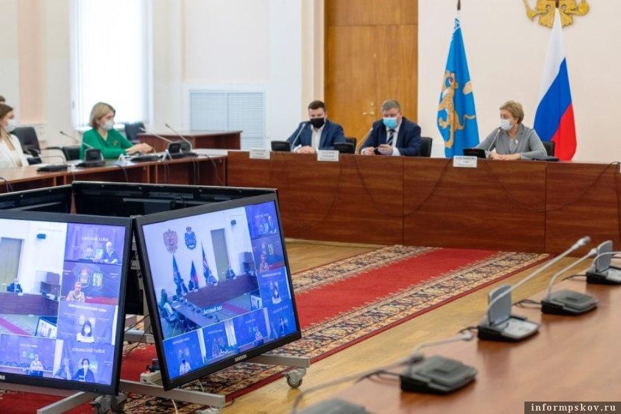 Новым в 2021 году станет ЕГЭ по информатике. Фото пресс-службы администрации Псковской области