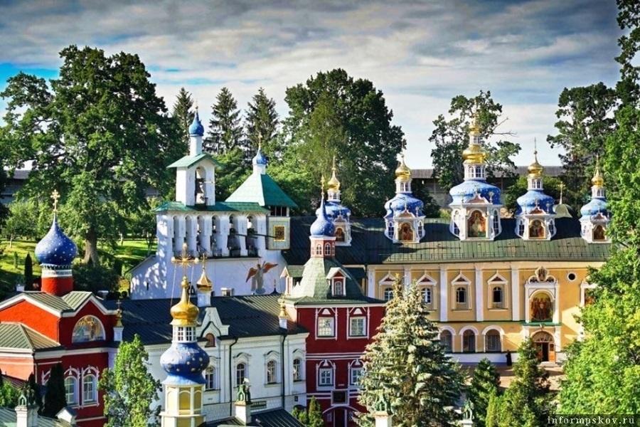 Псково-Печерский монастырь. Фото Псковская правда