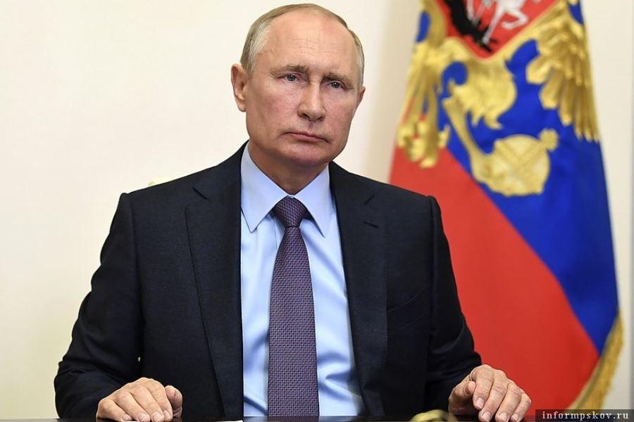Путин казал, что попытки разделить народы Украины на коренные и некоренные похожи на идеи нацистской Германии. Фото пресс-службы Президента РФ