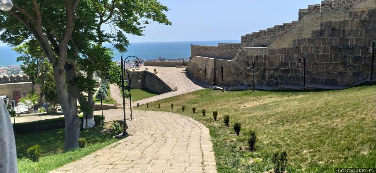 В Дербентской крепости