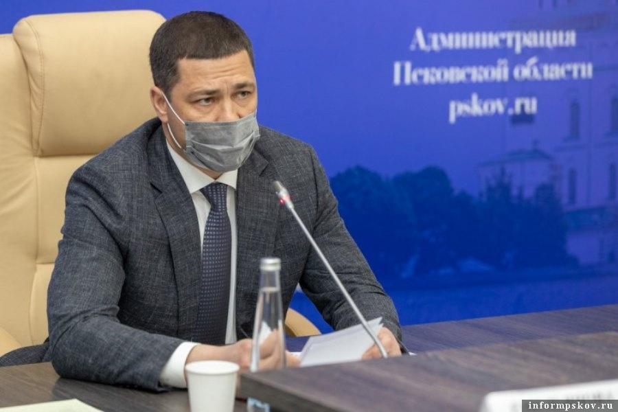 Глава региона принял решение отдать сумму Пустошкинского района другим районам. Фото администрации Псковской области.