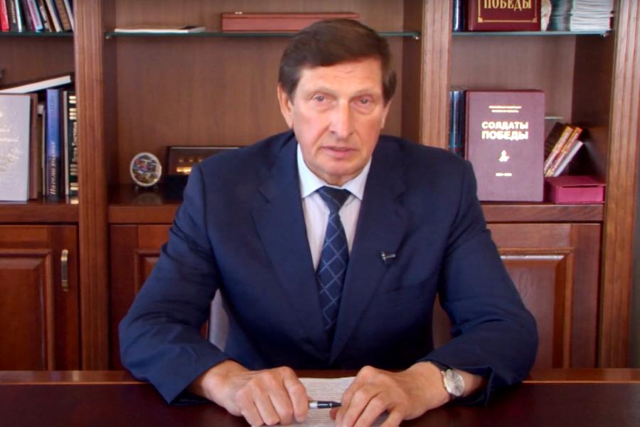 Глава города Великие Луки сообщил, что проект реконструкции набережной находится  на утверждении в администрации Псковской области. Фото скрин видео.