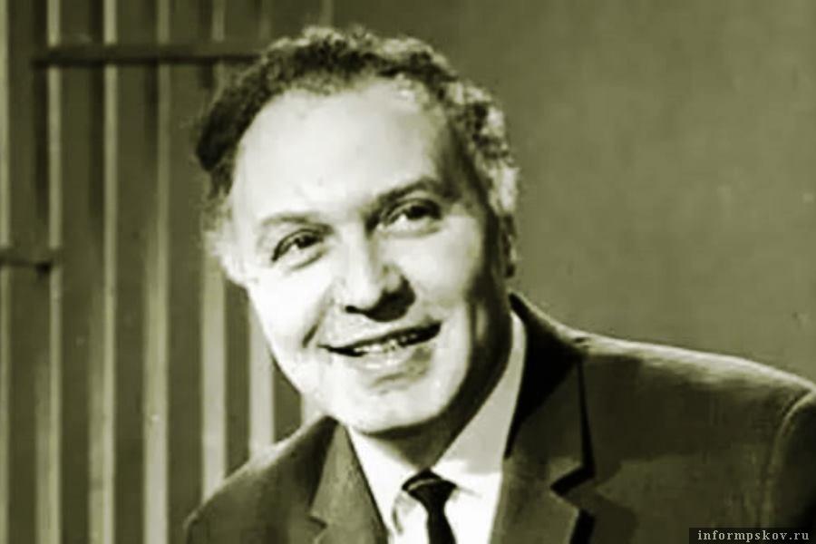 Одна из самых обаятельных улыбок советского телевидения - Виктор Балашов. Фото  uspeh.io