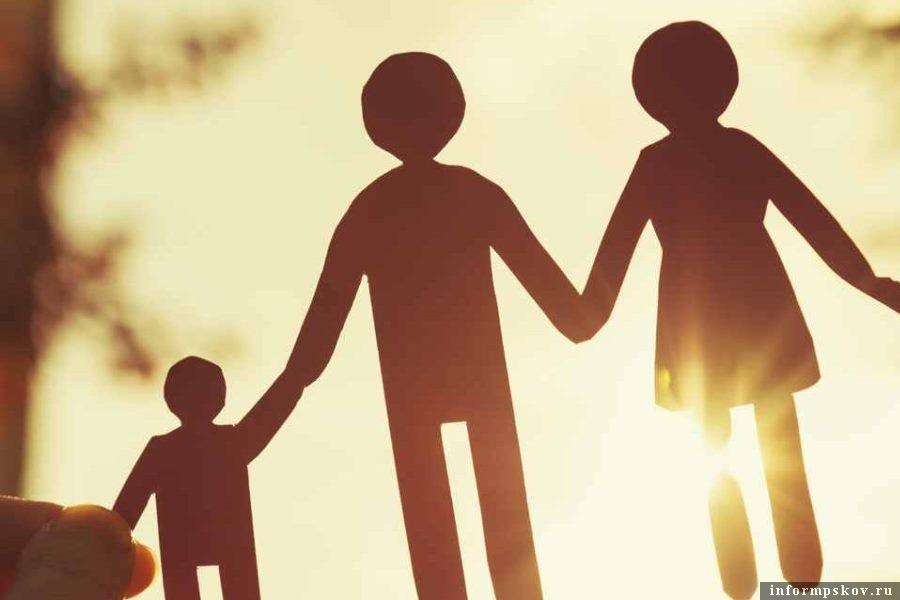 Какие преимущества имеют работники-родители? Фото kraism.by