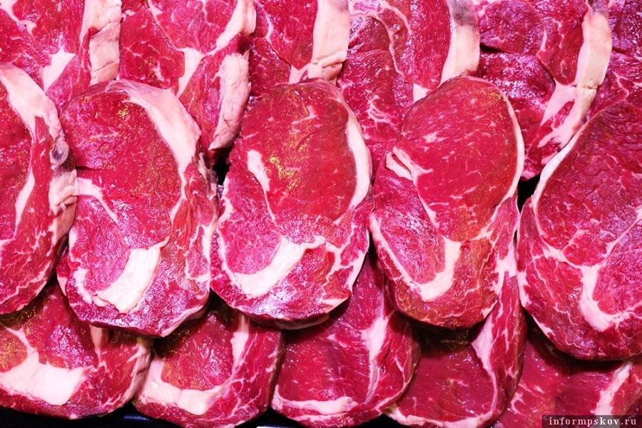 Налог на мясо в России пока не будут вводить. Фото iStock