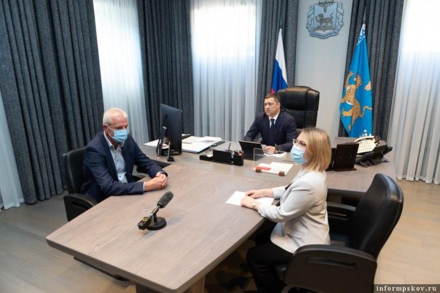 Область поможет регионам. Фото администрации Псковской области