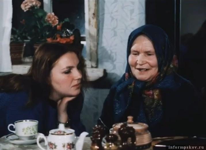 На фото Ольга Федосеевна Сергеева и ее ученица, певица Евгения Смольянинова