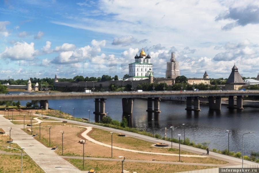 Экологическую акцию «Чистые берега» обявляет комитет по природным ресурсами экологии Псковской области. Фото сайт ведомства