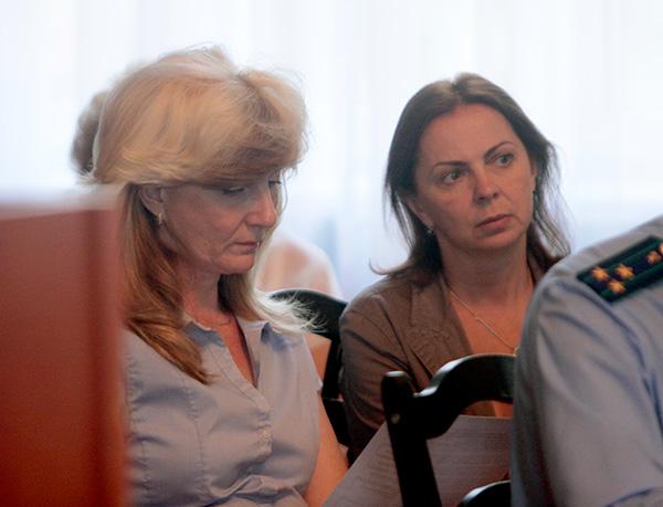 Лариса Захарова и Татьяна Артюнина вместе пришли на сессию. Как они будут делить полномочия по руководству медиа-блоком, пока не ясно