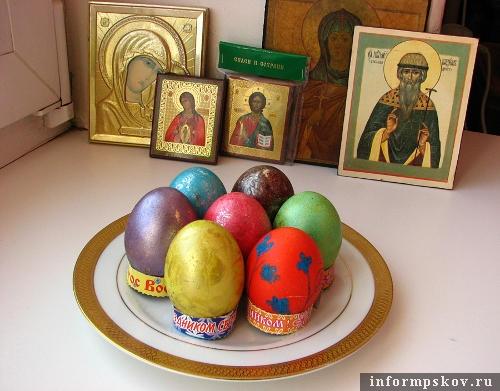 На фото: пасхальные яйца от Татьяны Петровой