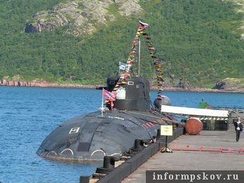 На фото: большая атомная подводная лодка «Псков»