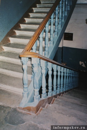 На фото: фрагмент интерьера дома Гессе. 2004 год (фото из архива НПЦ)