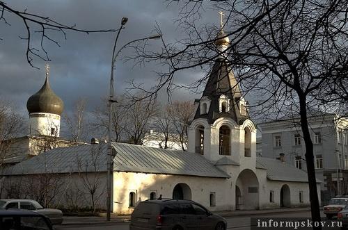 На фото: храм Михаила Архангела