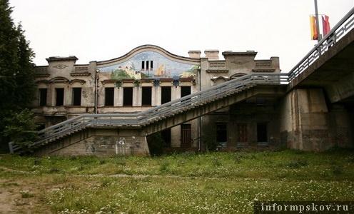 На фото: дом Батова. Современный вид
