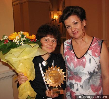 Я, мой главный приз и председатель Гильдии межэтнической журналистики Марина Лянге