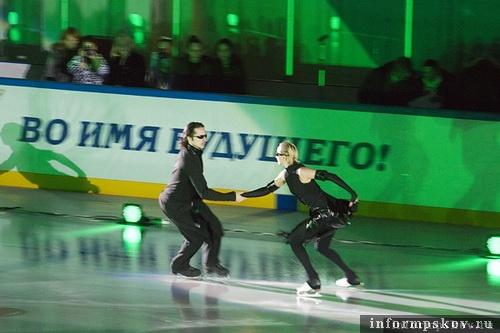 На фото: Оксана Домнина и Максим Шабалин