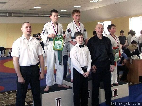 На фото: награждение победителей