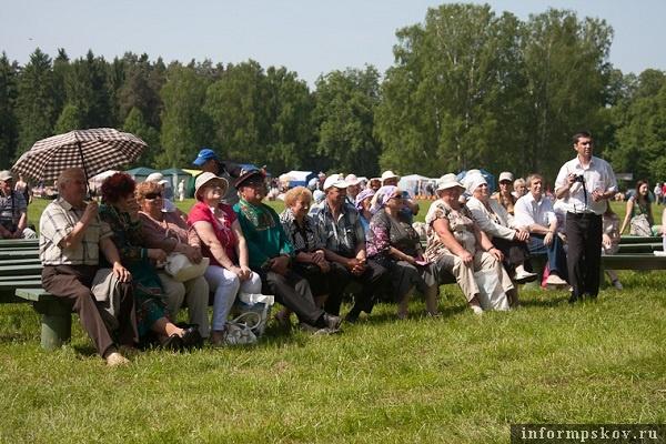 На фото: Пушкинский праздник поэзии-2013. Фото с сайта Pskov.ru