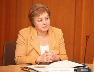 """Вера Емельянова: """"Модернизация – это не только переоснащение системы здравоохранения, но и решение кадровой проблемы"""""""