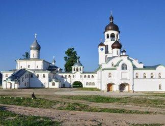 Савво-Крыпецкая обитель приглашает паломников на престол