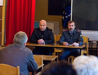 Сотрудники спецслужб проинструктировали работников автобусного парка Пскова