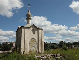 Возобновились работы на Анастасиевской часовне в Пскове