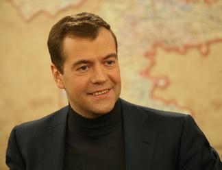 Дмитрий Медведев поделится своими планами в прямом эфире