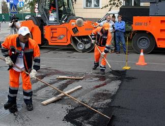 Псковские дорожники отмечают профессиональный праздник